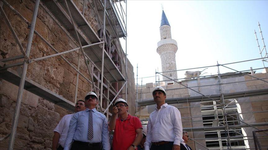 Münir Karaloğlu: Korkut Camisi restore edilmeseydi yağmur ve fırtınada çökerdi