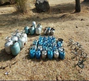Muş'da 11 el yapımı patlayıcı ve mühimmat ele geçirildi