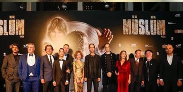 Müslüm filmi oyuncuları kimler?