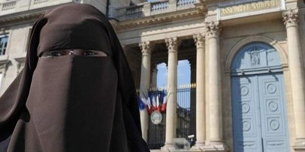 Müslüman kadının yurt dışı yasağı bozuldu