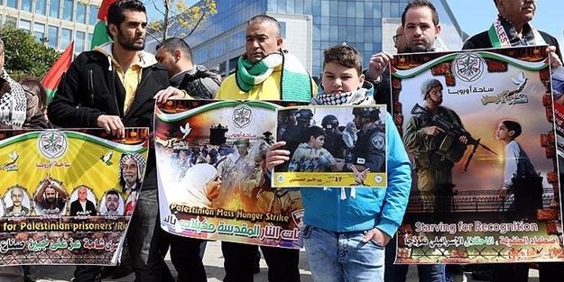 Müslümanlar Belçika'da sokaklara çıktı