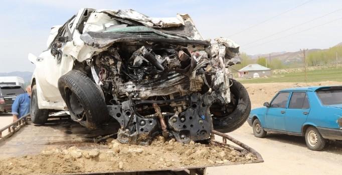 Muş'ta trafik kazası: 2 kişi öldü