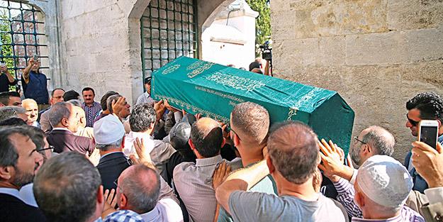 Mustafa Tahhan dualarla uğurlandı