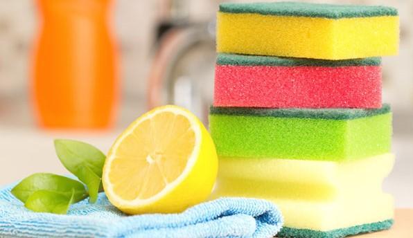 Mutfak süngerlerini temizlemenin püf noktaları