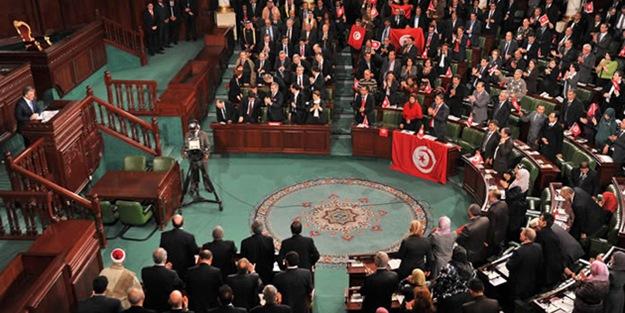 Nahda'dan yeni hükümete güvenoyu yok