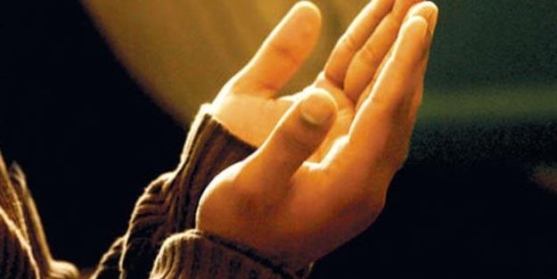 Namazlarda nasıl dua edilmeli? Kabul olan dua hangileri?