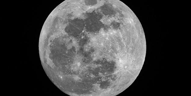 NASA tarafından Ay'ın bir kraterine adı verilen ilk Türk kimdir?