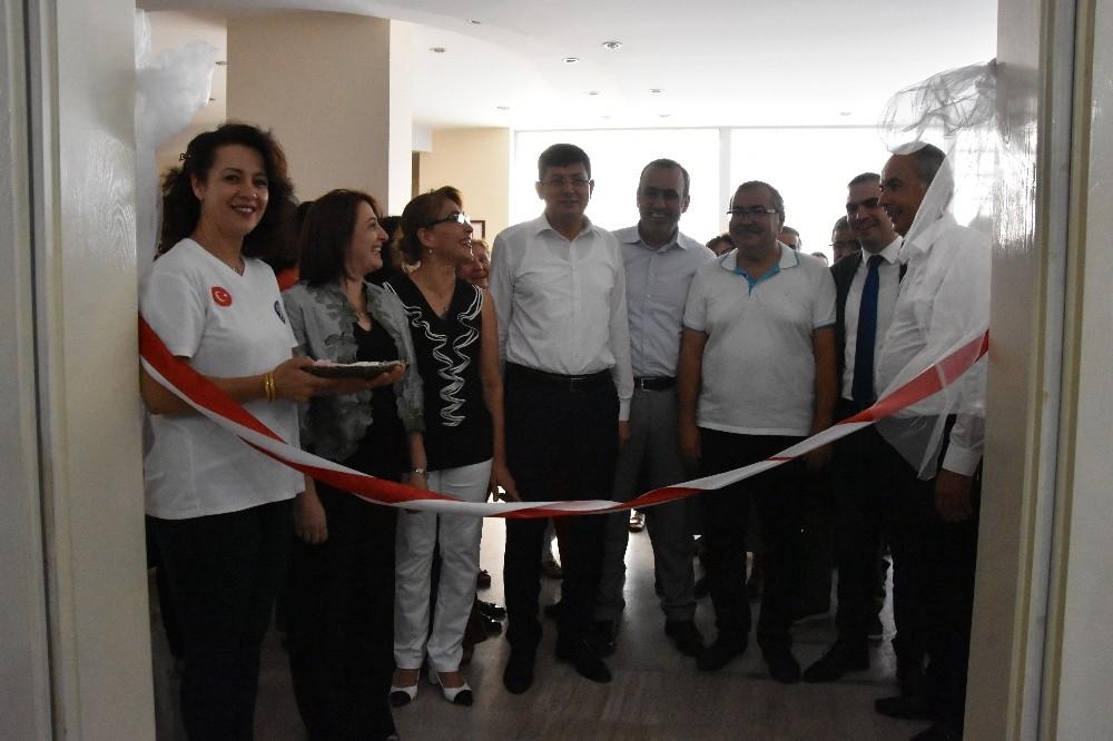 Nazilli'de El Sanatları Dekarasyon ve Vitray sergisi açıldı