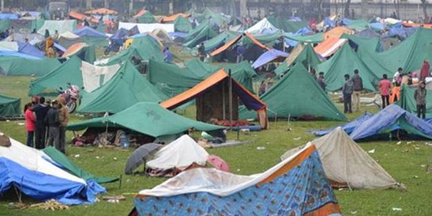 Nepal'de şimdi de salgın hastalık tehlikesi