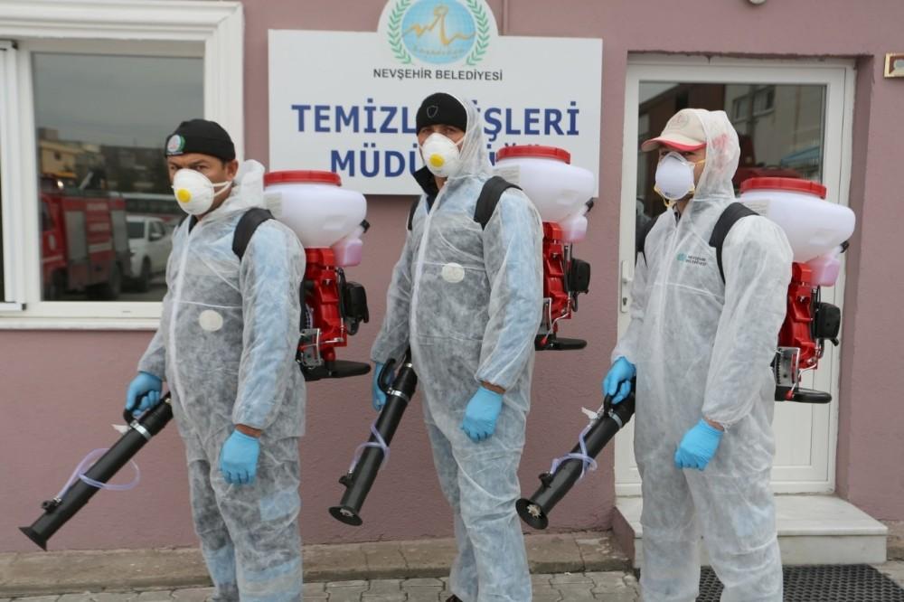 Nevşehir Belediyesi dezenfekte timi işbaşında
