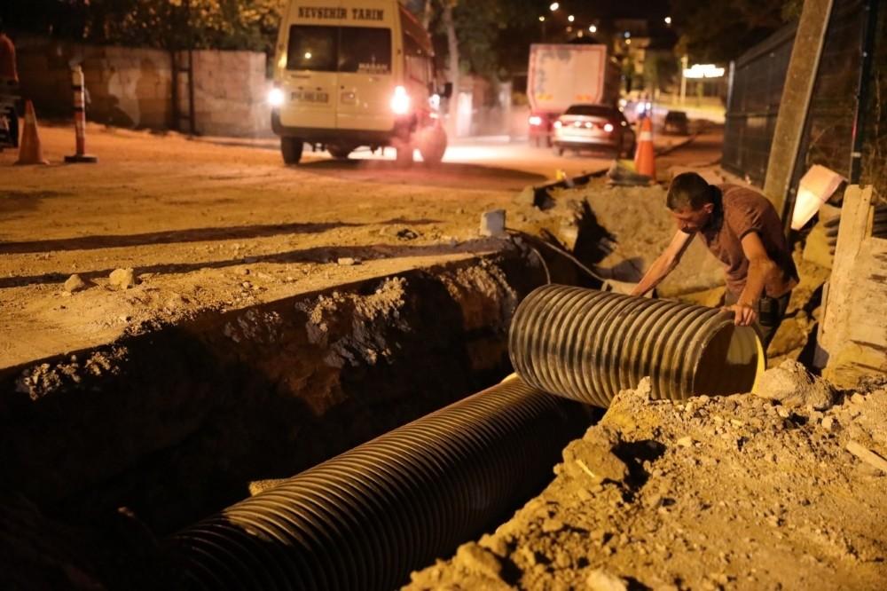 Nevşehir Belediyesi gece mesaisinde