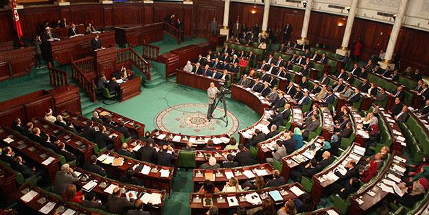 Nida Tunus partisinden 8 milletvekili istifa etti