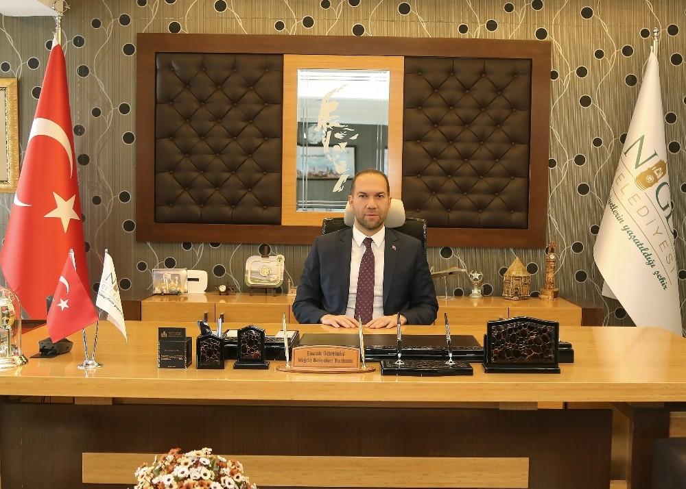Niğde Belediye Başkanı Özdemir'den Berat Kandili Mesajı