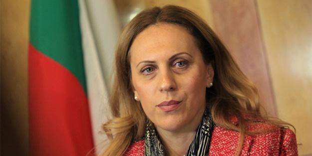 Nikolova: Çok kötü durumdayız Türkiye'ye izin verin