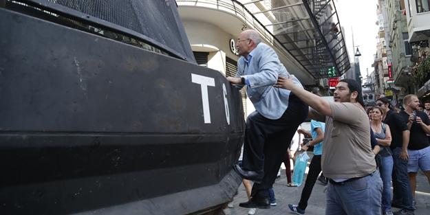 O yıllarda sokaklarda kısa pantolon ile dolaşan Mahmut Tanal...