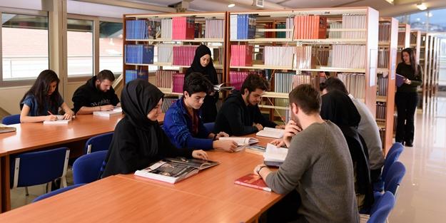 Öğrenciye destekte İstanbul Ticaret farkı