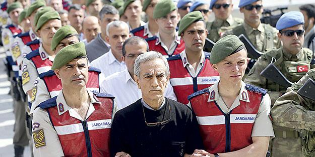 OHAL'de terörle etkin mücadele: 70 bin terörist ve terör örgütü yandaşı tutuklandı