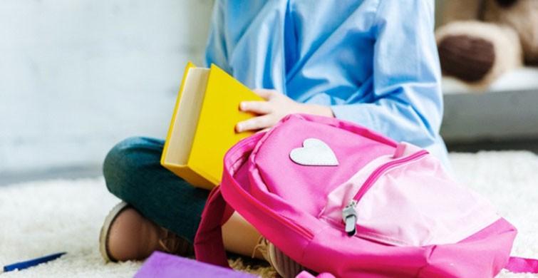 Okul çantası nasıl taşınır?