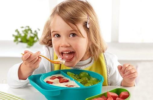 Okul dönemindeki çocuklar kahvaltıda ne yemeli