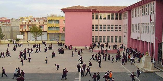 Okulların açılması ertelendi mi son dakika Okullar ne zaman açılacak?