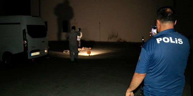 Olay yerine çağrılan polis, cesetle karşılaştı