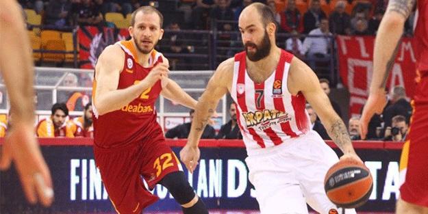 Olympiakos, Türk takımlarına 2 günde 2 kez yenildi