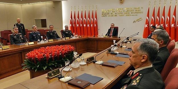 Ordu yeni Başkomutan'ını bekliyor