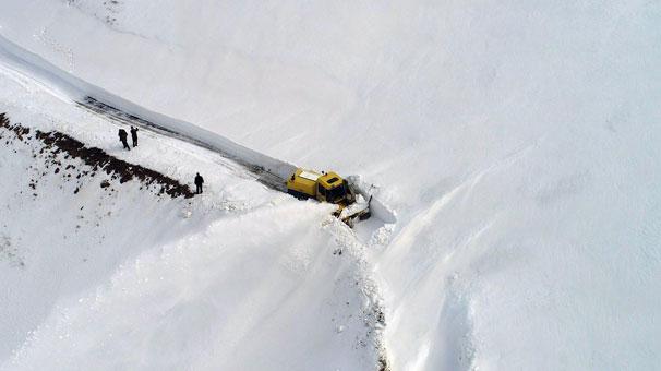 Ordu'da karla mücadele havadan görüntülendi