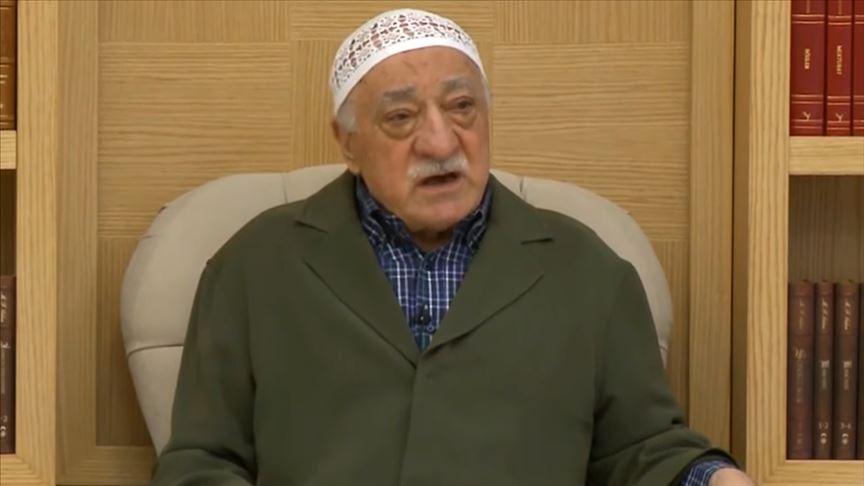 'Örgüt elebaşı Gülen darbe talimatını 'giysi dili' ile verdi'