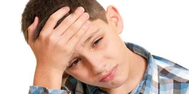 Oruçlu iken kan şekeri düşerse baş ağrısı artıyor
