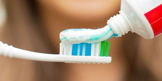 Oruçluyken diş fırçalamak...