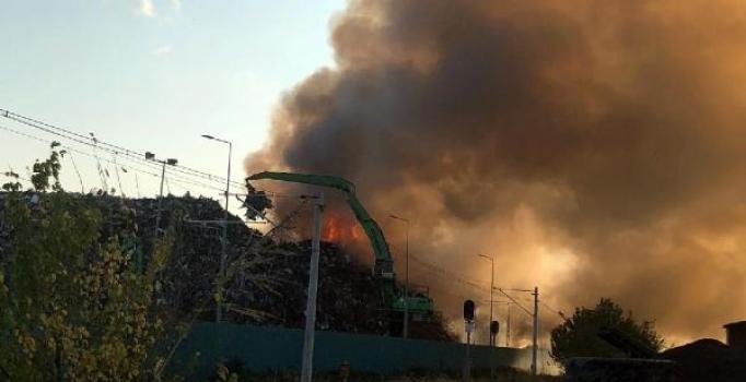 Osmaniye'de geri dönüşüm fabrikasında yangın çıktı