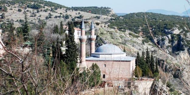 Osmanlı Devleti'nin kurucusu Osman Bey'in rüyası nasıldır? Şeyh Edebali nasıl yorumlamıştır?