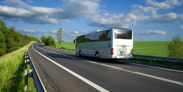 Günümüzde kara yolu ulaşımında en çok tercih edilen ulaşım aracı otobüslerdir. Hem diğer ulaşım seçeneklerinden daha uygun olması hem de ulaşım ağının oldukça...