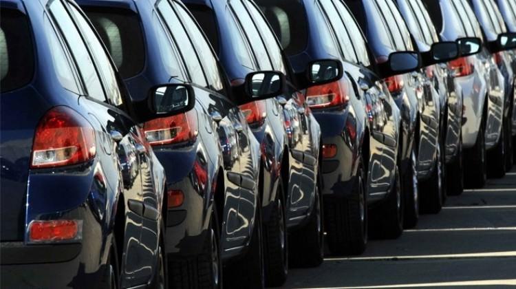 Otomobil satışları üzerindeki etkenler