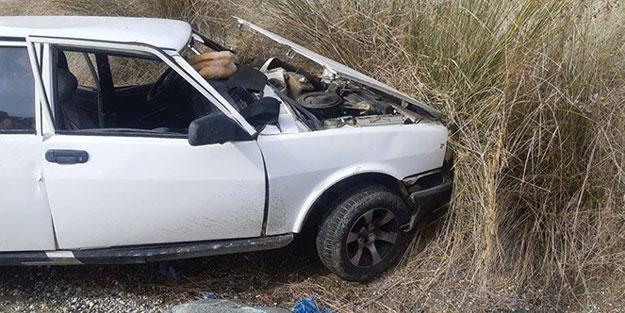Otomobil toprak zemine çarptı: Yaralılar var