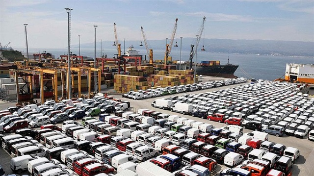 Otomobil ve hafif ticari araç pazarı 10 ayda yüzde 1 küçüldü