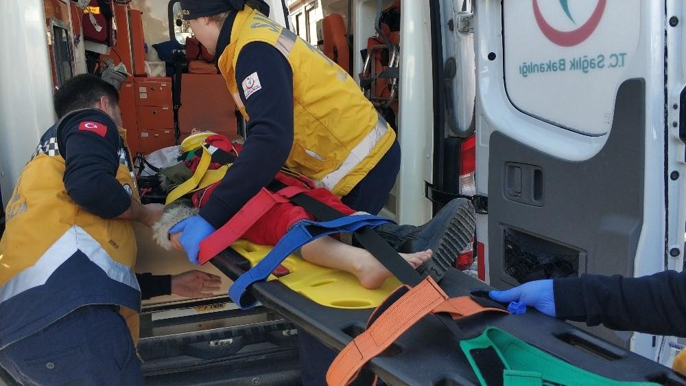 Otomobilin çarptığı 6 yaşındaki çocuk yaralandı
