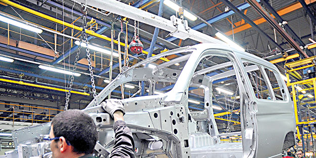 Otomotiv üretimi frene bastı