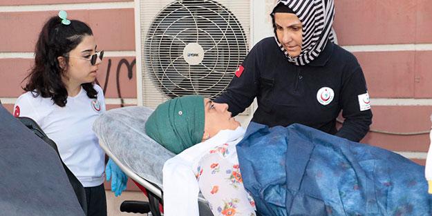Oturma eylemi yapan acılı anne hastaneye kaldırıldı