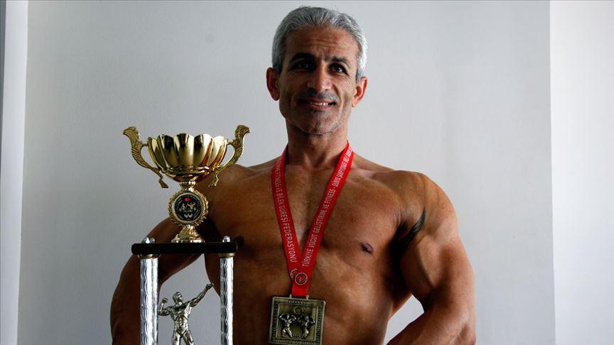 Özcan Özdemir 40'ından sonra dünya şampiyonluğu hedefliyor