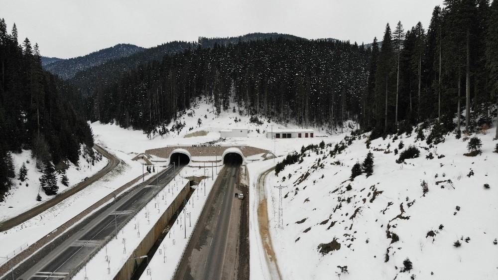 (Özel) 130 yıllık hayalin gerçekleşmesiyle kış aylarında geçilemeyen Ilgaz Dağı, artık tünelle aşılıyor