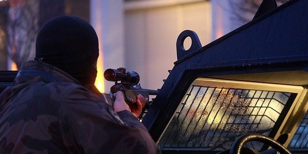 Özel Harekat'a saldıran teröristler vuruldu!