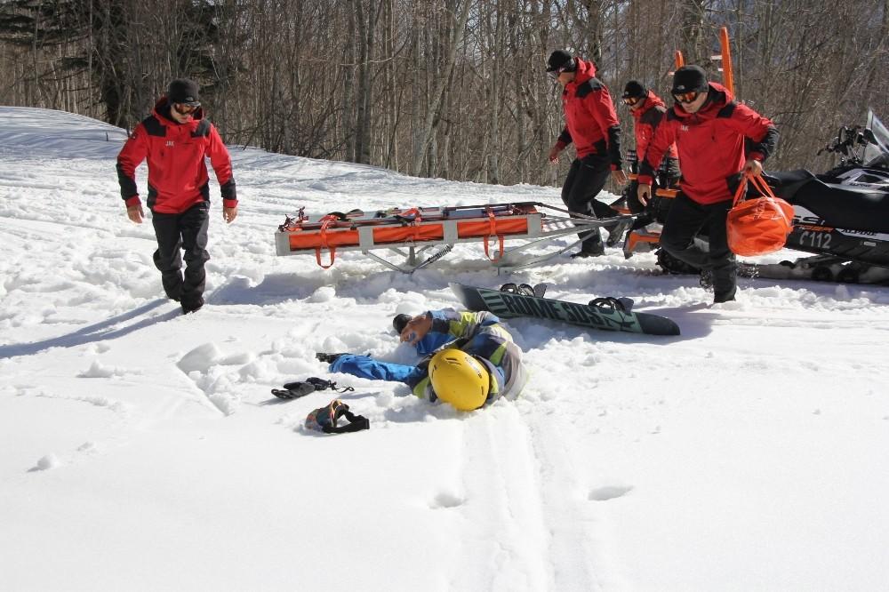 (Özel) JAK timleri karla kaplı Samanlı Dağları'nda zorlu görevlere böyle hazırlanıyor
