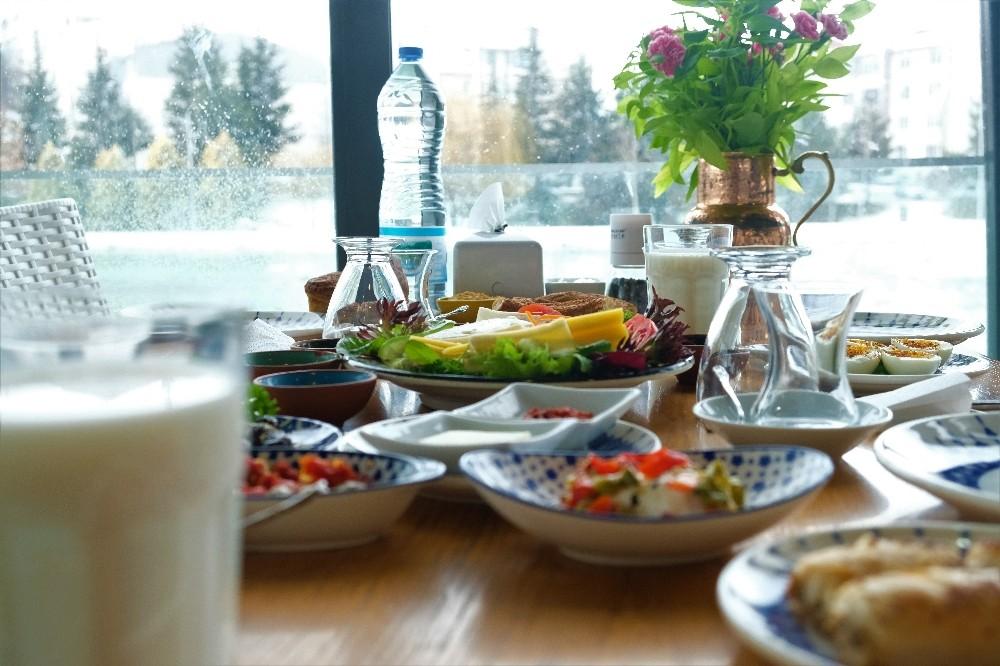 (Özel) Kahvaltı tartışmasına restoranlar da dâhil oldu