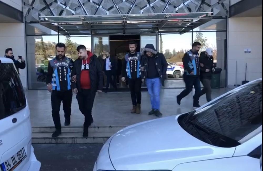 (Özel) Korona virüse rağmen İstanbul'da asker uğurlayan magandalara ceza yağdı