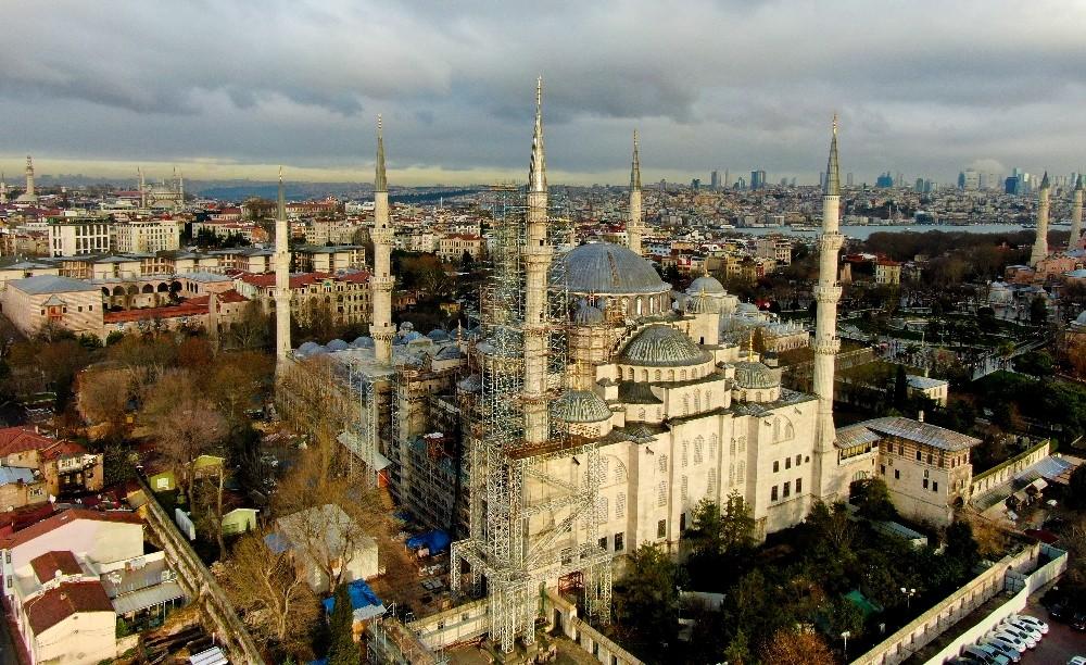 (ÖZEL) Sultanahmet Camisi'nin restorasyonu yüzde 30'u geçti