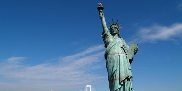 Özgürlük Anıtı başörtülü olacaktı!