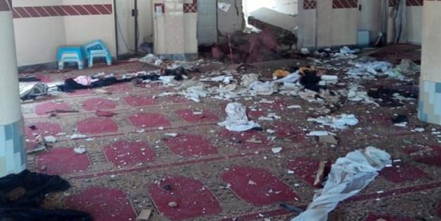 Pakistan'da camiye bombalı saldırı! Ölüler ve yaralılar var