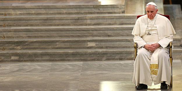 Papa iğrenç gerçeği itiraf etti